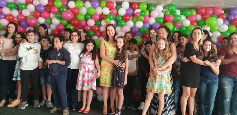 HOMENAGEM AS MAMÃES COC – Alunos 6º e 7º Ano E.F